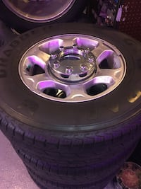 2016 F-250 take off wheels 18 inch 8x170 slightly used but in good condition for $599.99! Indianapolis, 46227