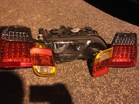 pair of automotive taillights Capitol Heights, 20743