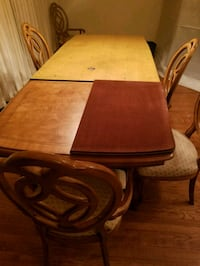 brown wooden dining table set College Park, 20740