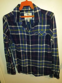 plaid button up size medium $15 St. Catharines, L2S