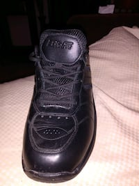 Biofit shoes for men size 11 only one used