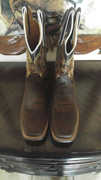Rodeo cowgirl boots