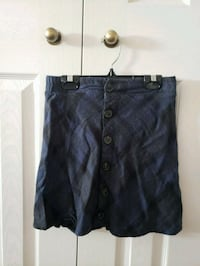Button skirt size XS Mississauga