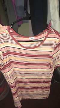 red, yellow, and gray scoop-neck sweater Snohomish, 98290