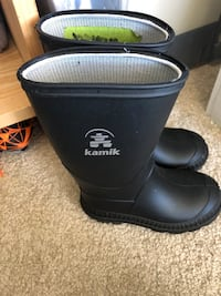Toddler boots - size 7 Burnaby, V3J 1J7