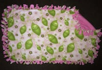 Sweet pea handmade fleece blanket 3x4 feet London, N5Z