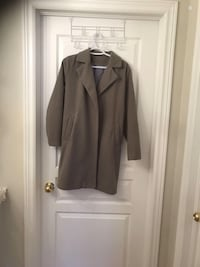 Transition coat spring/ fall new  size S Beaconsfield, H9W 2B3