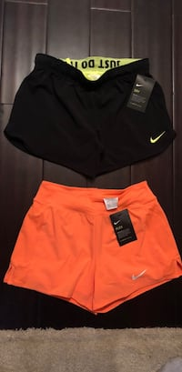 NEW WITH TAGS NIKE running shorts Elk Grove Village, 60007