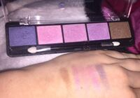 Eye shadow palette  Pointe-Calumet, J0N