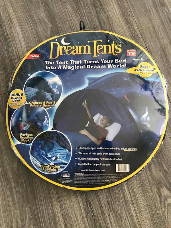 Dream tent c4c1ce82-2fe6-403c-be4e-680afd039a8a