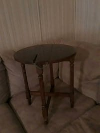 Very old drop leaf and fold up table Danielsville, 30633