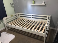 Twin size day bed/ toddler bed Abbotsford, V2T 5G6