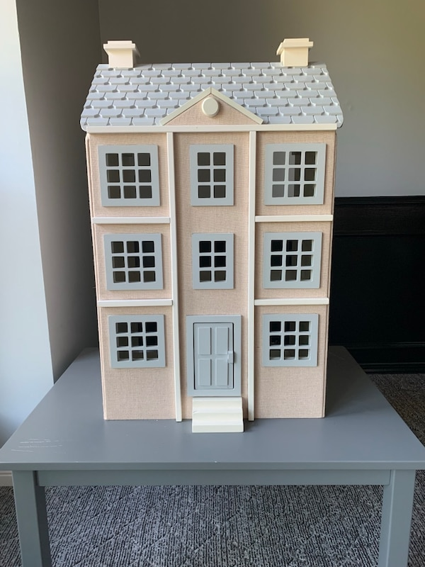 Pottery Barn Kids Dollhouse And Furniture