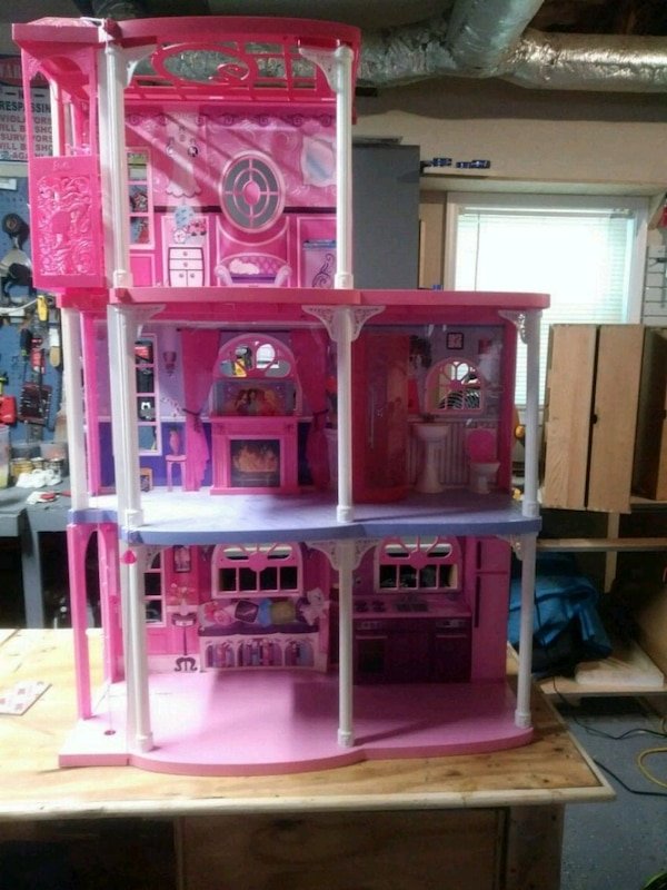 Used Barbie Dream House For Sale In Kennesaw Letgo