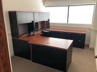Office Desk (NEW STAND UP KEYBOARD) 11 km