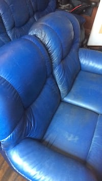 Blue leather couch and recliner  Columbia, 29210