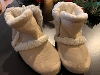 Size 7/8 Toddler Bootie Slippers  Rio Rancho, 87124