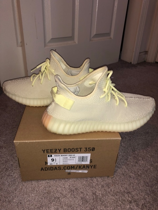 1f6d741c8ccdd Used Yeezy 350 V2 Butter Size 9.5 for sale in Holmdel - letgo