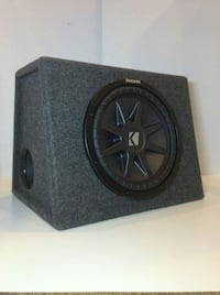 "12"" Kicker CompVR Subwoofer with Kicker ported box Mississauga, L5R 2G8"
