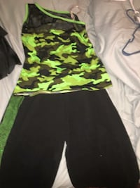 Camo dance outfit size large $40 originally brought for $80  Cincinnati, 45217