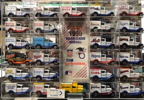 1990 MLB Team Collectible 26 Matchbox Truck Set with Nice Case