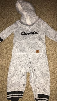 fleece Canadiana Jumper 12-18mnths London, N5V 2E6