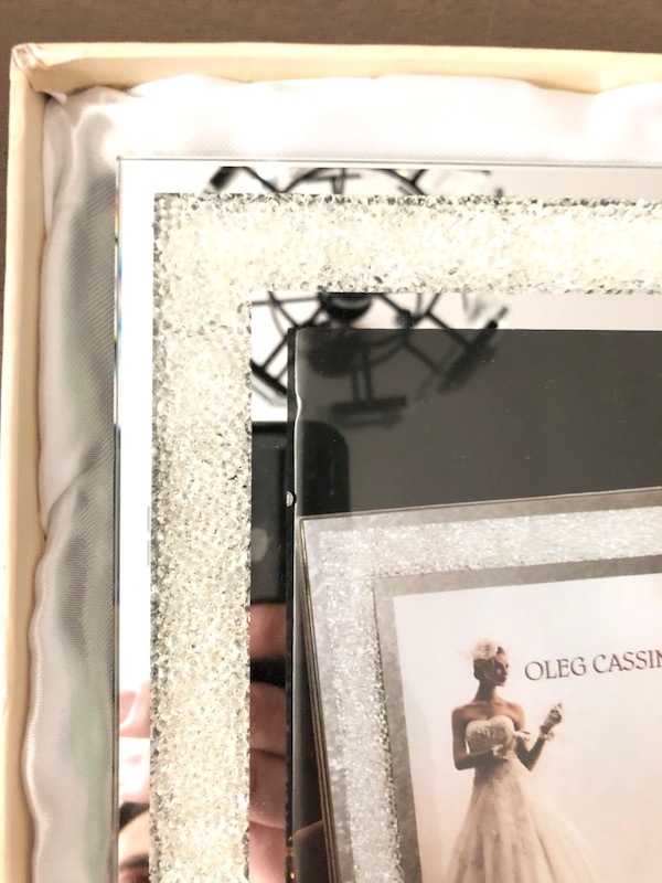 Used Oleg Cassini Crystal Diamond 8 X 10 Frame For Sale In New York