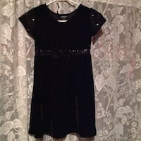 Girls suede dress. Size 6-7 Rogersville, 37857