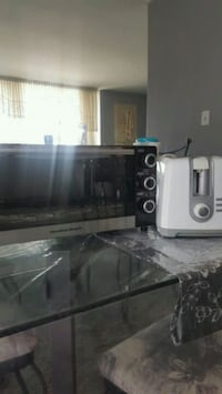 black  oven with free toster oven Toronto