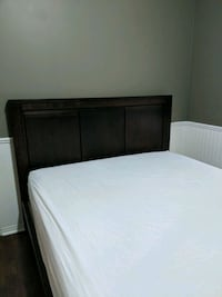 Queen bed frame and mattress Ajax, L1T 4N9