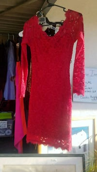 red long-sleeved dress Phoenix, 85029