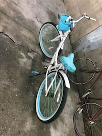 white and blue road bike Los Angeles, 90018