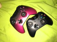 Xbox one 2 controllers 49 downloaded games plus the 8 in the picture and also have dead pool game and black ops 3 Edmonton, T6L 1M4
