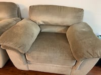 3 piece Sofa Set Toronto, M9L 2K1