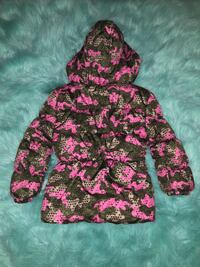 Kids Coat Size 4  Alexandria, 22310