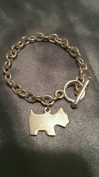 Bracelet with charm  Quincy, 02169