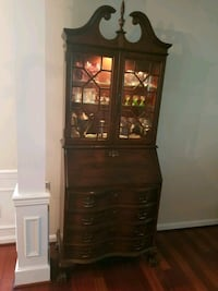 Antique Secretary cabinet Leesburg, 20176