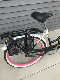Womans Schwinn cruiser