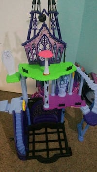 Monster high castle toy