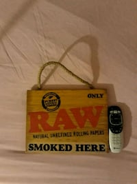RAW Rolling Papers wall decor