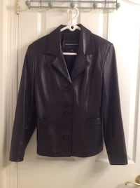 Leather jacket Bianca Nygard.size small excellent condition from smoke and pet free home . Brossard, J4Y 2J7