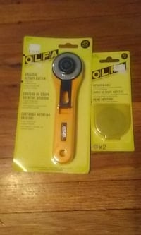 Olfa Original 45mm Rotary Cutter [ RTY-2/G ] & 2 Extra Blades [RB45-2] New. Windsor
