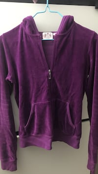 Juicy purple zip up/ size- small  Vancouver, V5P