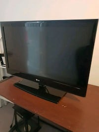 32 Inch LG LED - Never used Mississauga, L5M 6W9