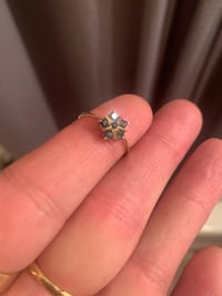 10k gold ring with sapphires