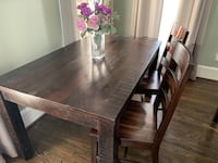 Pier 1 Dining Table  Reisterstown, 21136