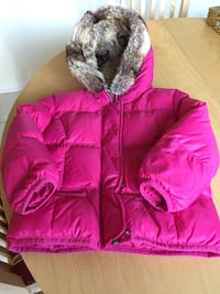Tommy Hilfiger Toldder Girl pink hooded down jacket size 4 Richmond Hill, L4B 4K9