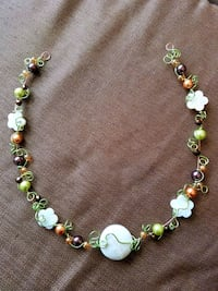 green and white beaded necklace Mira Loma, 91752