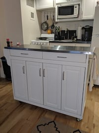 Wood & Stainless Steel kitchen island 26 mi