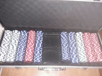 poker chips set in carrying case North Little Rock, 72118